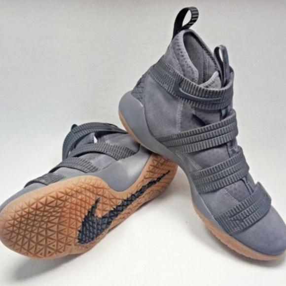 7fa59773ba56 Nike Lebron James Soldier XI 11 SFG